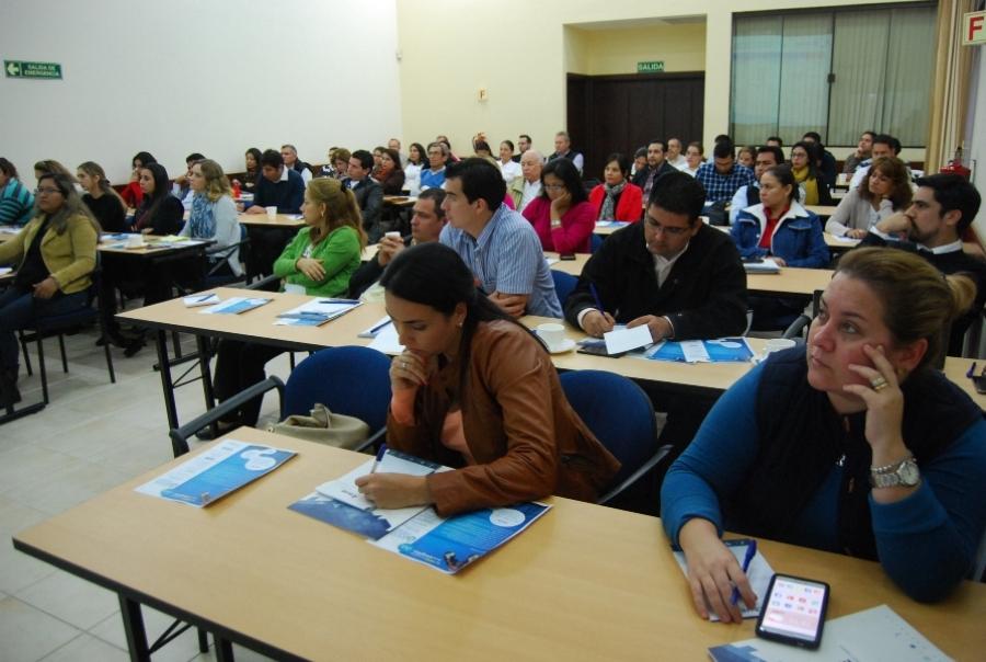 Exitoso seminario sobre Administración de Contratos y Seguros de Obra