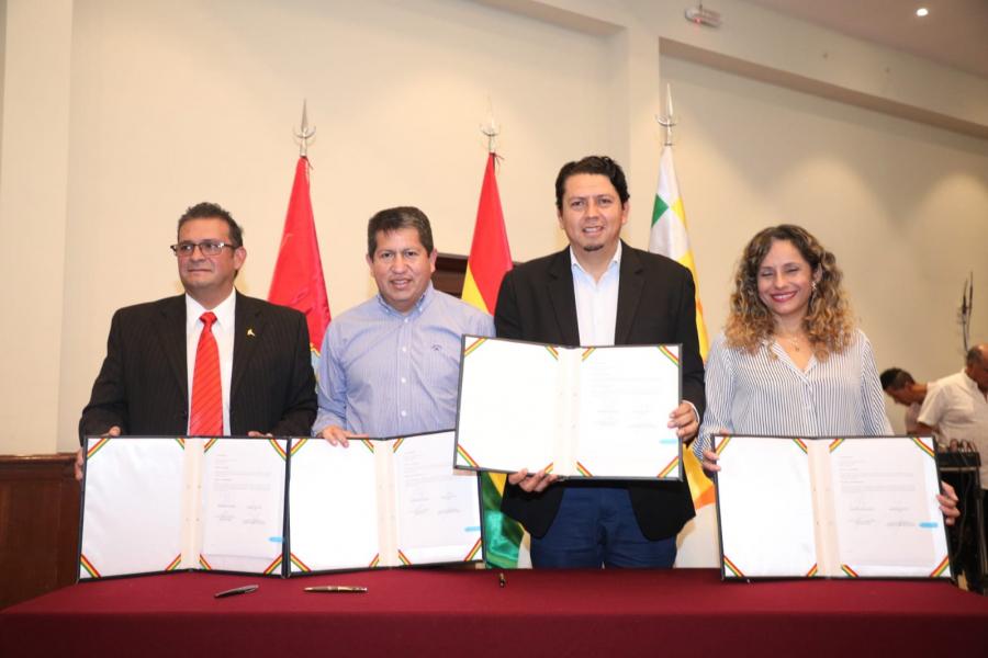 TARIJA: INSTITUCIONES Y EMPRESAS DEL SECTOR ENERGÉTICO FIRMAN ALIANZA PARA LUCHAR CONTRA EL CÁNCER
