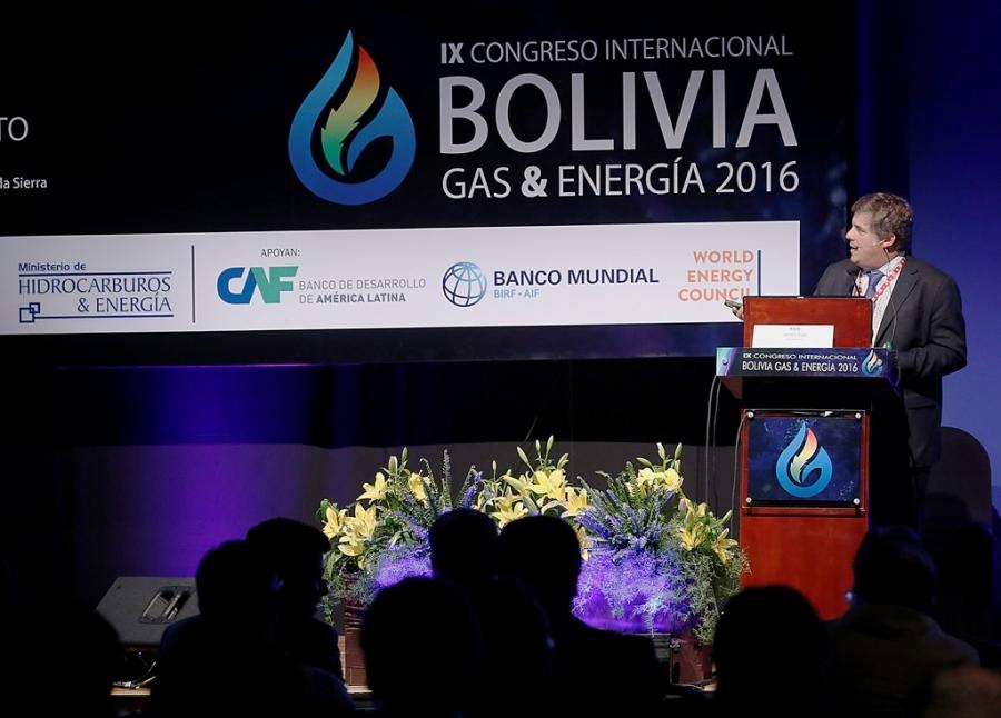"""Javier Díaz: """"Esperamos que en 2018 los precios de WTI tengan una media de 65 dólares por barril"""""""