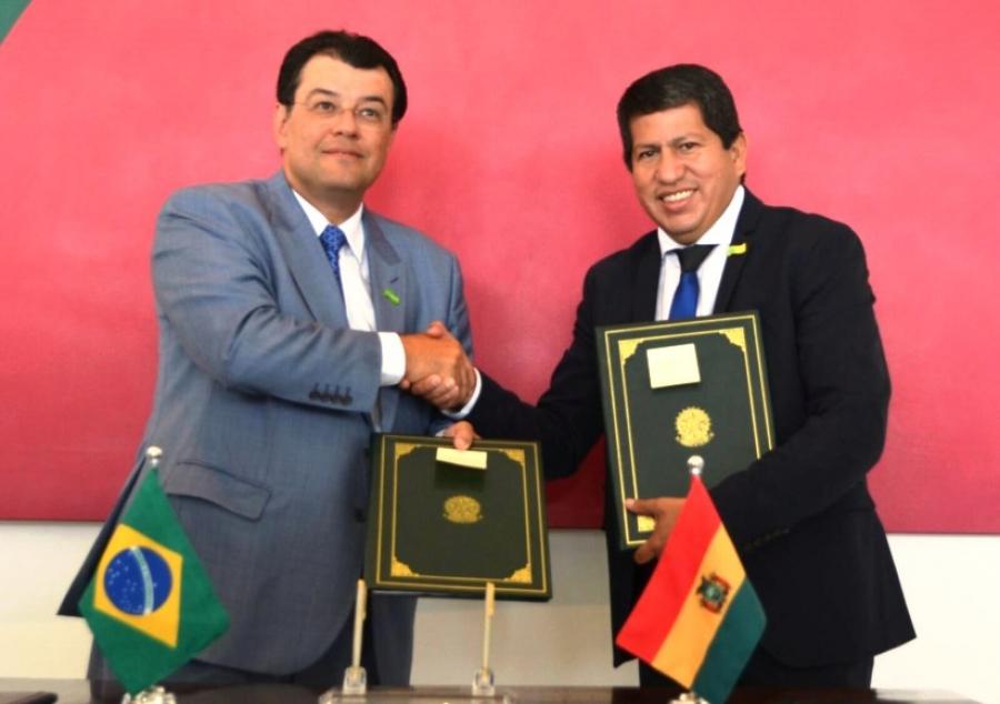 Bolivia y Brasil acuerdan ampliar contrato de gas más allá de 2019