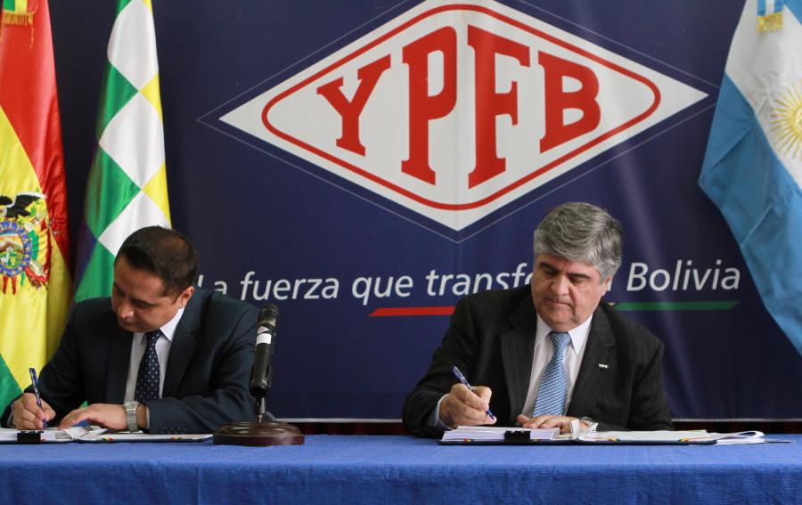 Firman contratos para explorar áreas Aguaragüe Centro e Itacaray
